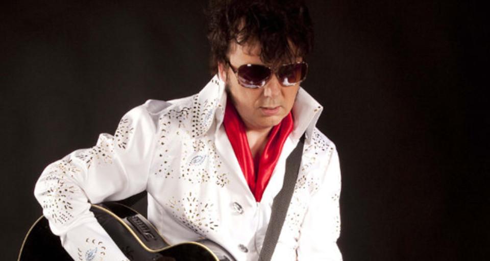 """""""Elvis na Bis"""" – Mirek Deredas"""